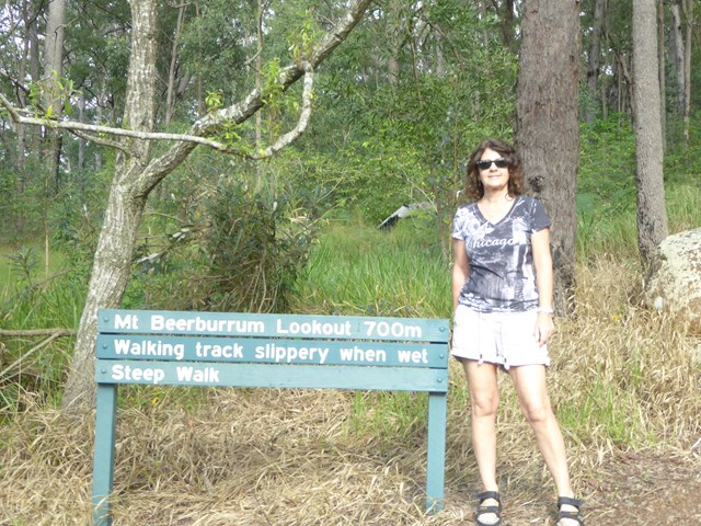 Mount beerburrum lookout aussie bushwalking for House of tracks